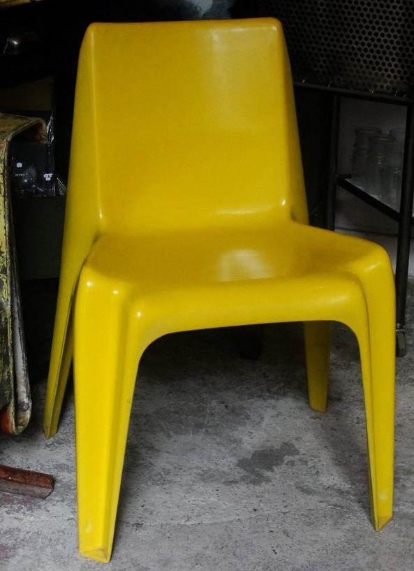 Fauteuil-jaune